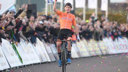 Goud voor Oranje: indrukwekkende Van der Poel verlengt Europese titel na lange solo, Van Aert en Sweeck mee op podium