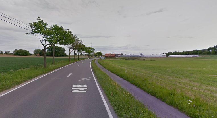 Het fietspad op de N8 Keiberg in Zwevegem wordt vernieuwd.