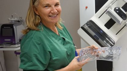"""AZ Klina pakt als eerste uit met nieuwe techniek voor borstonderzoek bij vrouwen : """"Pijn wordt grotendeels weggenomen"""""""