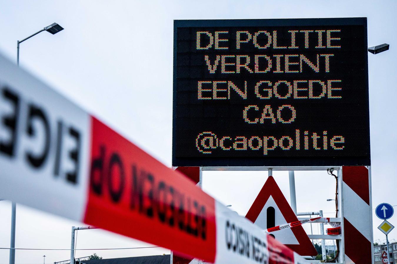 Acties rond het PSV-stadion in Eindhoven, op 29 augustus.
