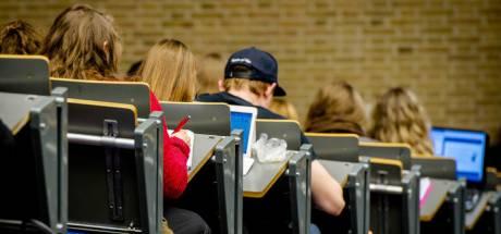 Raad van State maakt gehakt van voorstel halvering collegegeld
