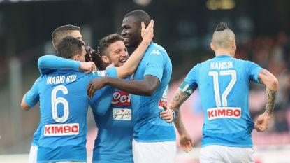 Mertens en Napoli blijven op kop, Lukaku wint knotsgekke match met Lazio, AS Roma zonder Nainggolan op eigen veld onderuit