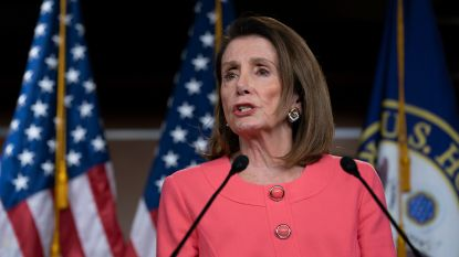 """Huisvoorzitter Pelosi: """"Justitieminister loog tegen Congres en dat is een misdaad"""""""