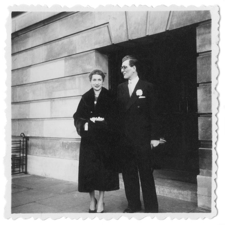 In 1955 met haar grote liefde Hugo van de Perre. Beeld Privéarchief