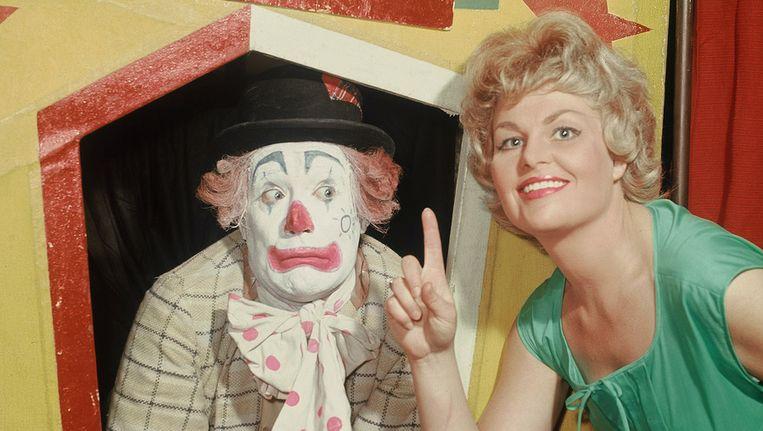 Cor Witschge en Christel Adelaar als Pipo de Clown en Mamaloe. Beeld ANP