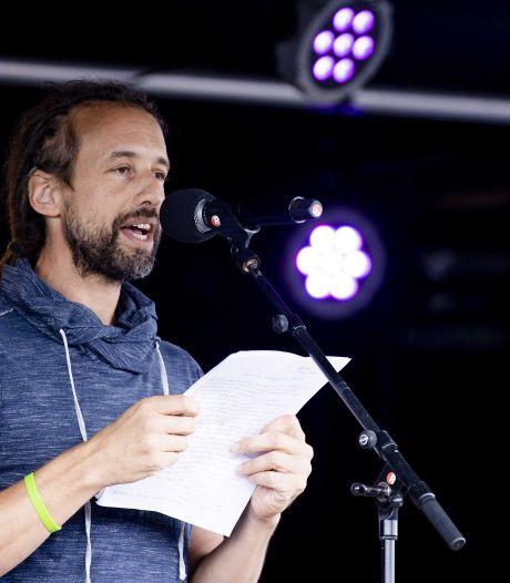 Man uit Zundert doet aangifte tegen Willem 'Viruswaarheid' Engel, 'Hij is een gevaar voor de volksgezondheid'