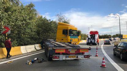 File op A12 naar Antwerpen door ongeval in haven