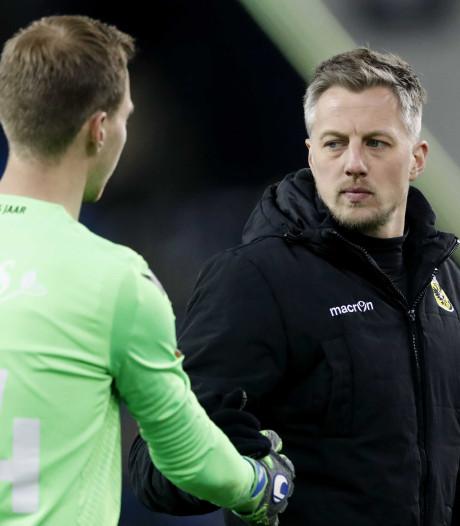 Vitesse-keeper Houwen na vuurdoop blij met clean sheet