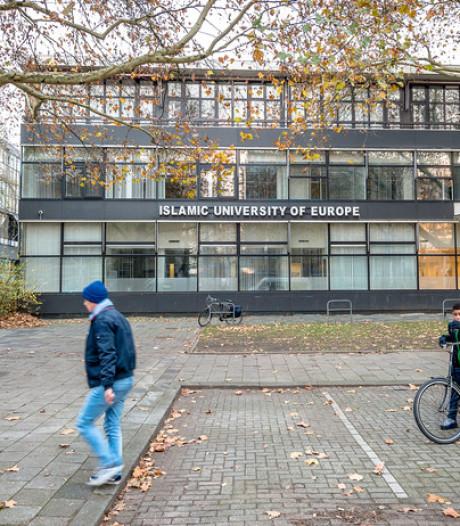 Minister neemt Islamitische Universiteit Rotterdam bevoegdheid af