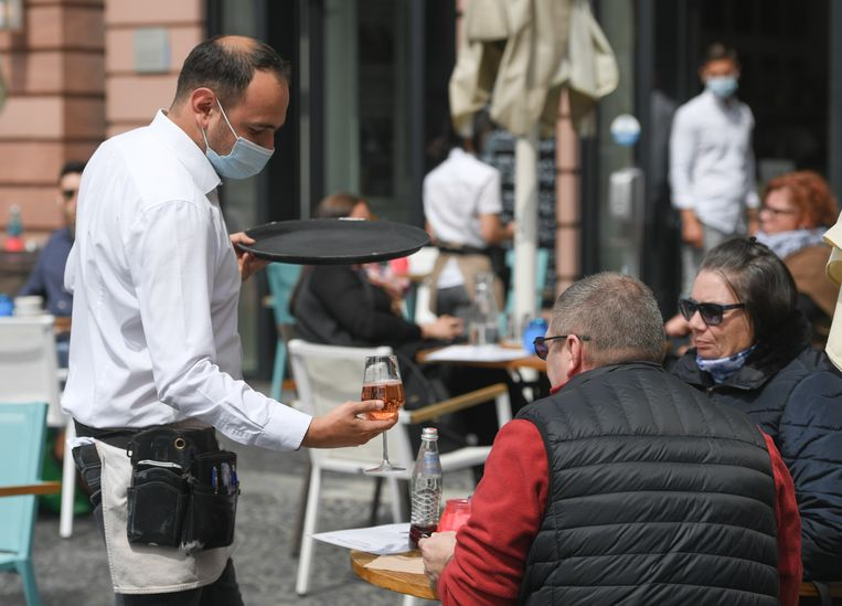 Terrasjes en restaurants in Duitsland zijn open, zoals hier in Mainz (Rijnland-Palts).
