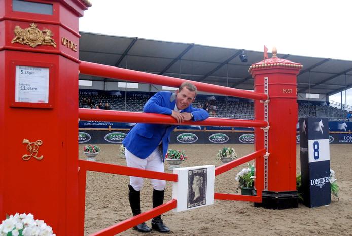Gerco Schröder bij een van de hindernissen die hij vorig jaar nog met speels gemak nam op de Olympische Spelen.