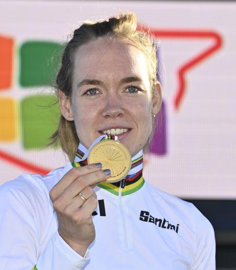 Van der Breggen na tweede wereldtitel in evenveel dagen: 'Het is echt ongelooflijk'