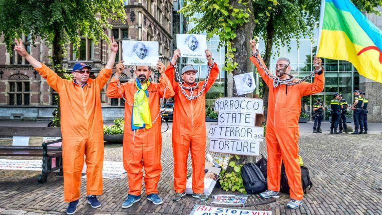 Demonstratie bij de Tweede Kamer tegen de situatie in Marokko (de mensen op deze foto komen niet voor in het verhaal) Beeld Raymond Rutting