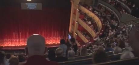 Des spectateurs en colère font annuler un opéra à Madrid à cause de l'absence de distanciation