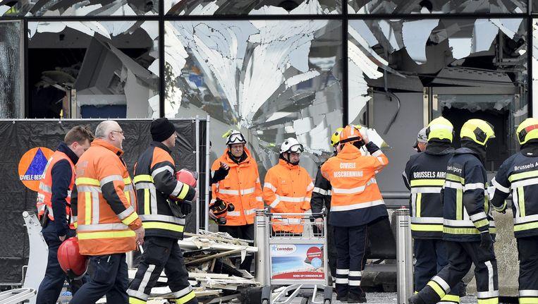Brussels Airport 23 maart 2016, een dag na de dubbele zelfmoordaanslag op de luchthaven. In totaal kwamen 35 mensen om het leven bij de aanslagen op Brussels Airport en metrostation Maalbeek.