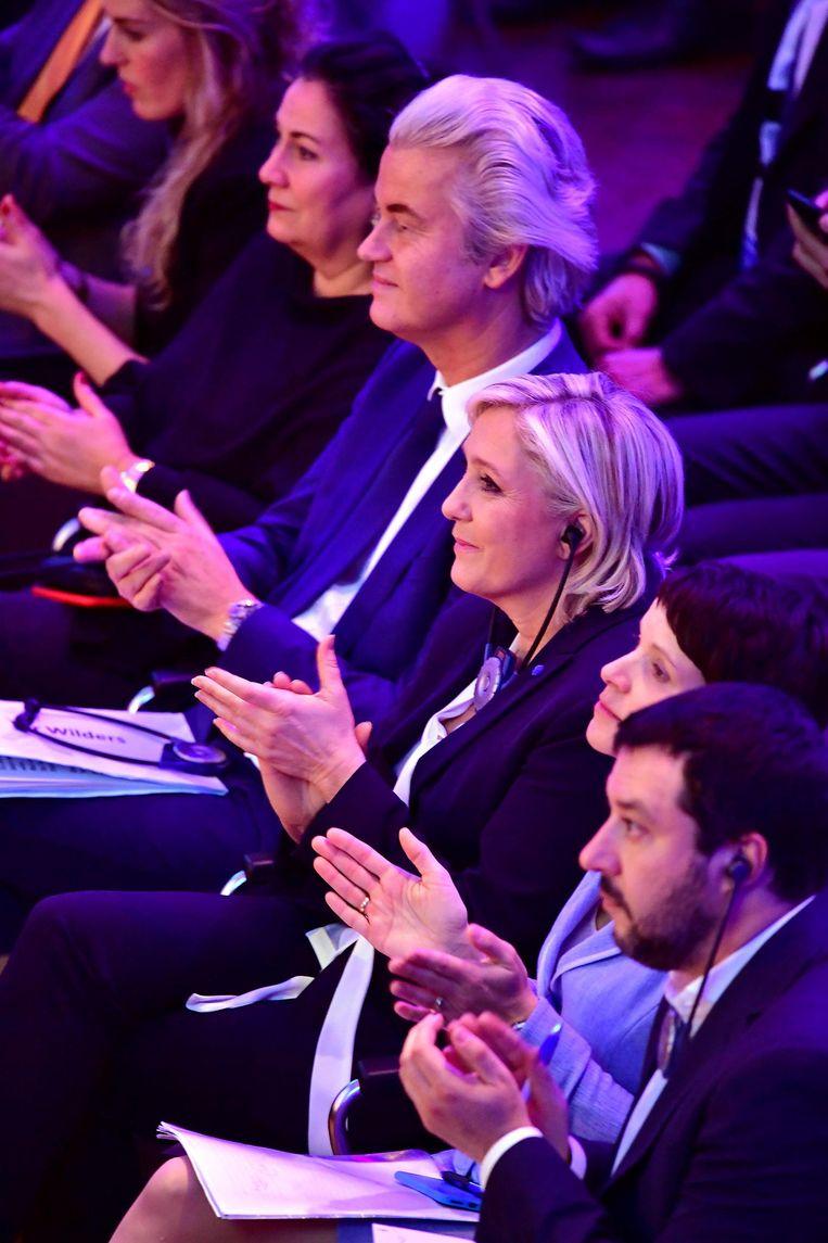 Geert Wilders, Mariane Le Pen, Frauke Petry, en Matteo Salvini tijdens een bijeenkomst voor rechts-populistische politici in Koblenz, Duitsland. Beeld getty