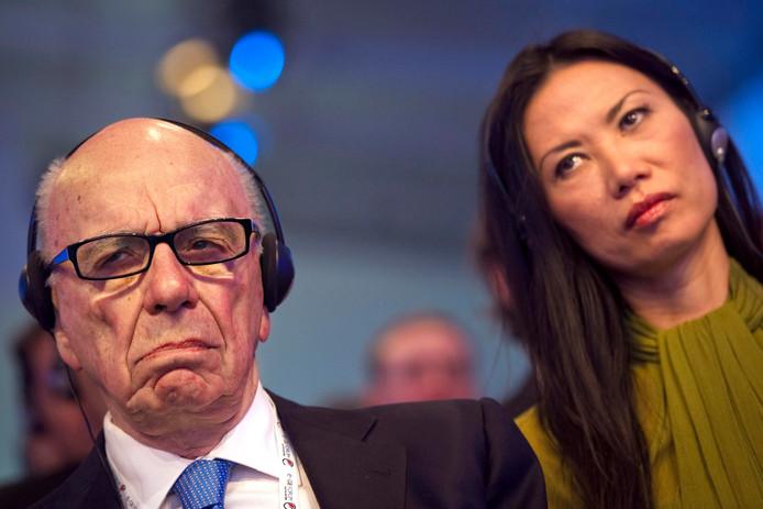 De 84-jarige Australische mediamagnaat Rupert Murdoch moet toch even achter zijn oren hebben gekrabd toen zijn tweede vrouw Wendi Deng er met 1,8 miljard dollar vandoor ging.