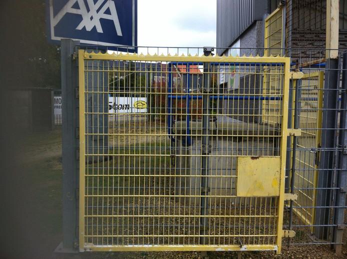 Het hek in het stadion