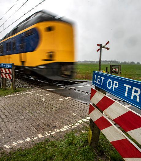 Beveiliging spoorwegovergang Olst komt sneller, want anders wordt het duurder