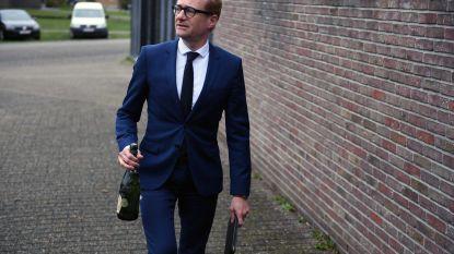 VIDEO. Weyts brengt 'verzopen fles' terug naar Haacht
