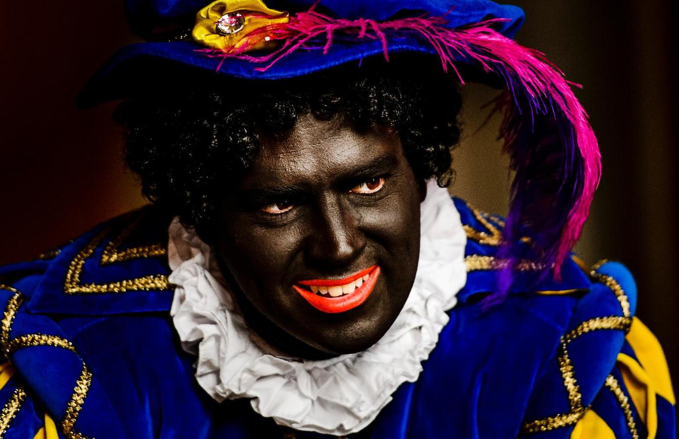 Veel scholen houden vast aan Zwarte Piet.