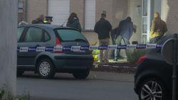 """Bewoners meten schade op na aanslag in Wommelgem: """"Eén meter verder en die granaat lag in mijn bed"""""""
