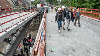 2.250 bezoekers ontdekken nieuwe Dorpsbrug