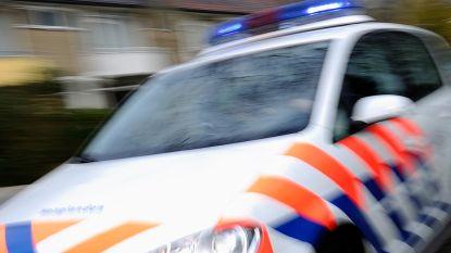 Nederlandse politie haalt champagne drinkende Belgen van de weg
