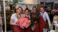 Azalea's voor Moederdag bij bakkerij Vandenbouhede