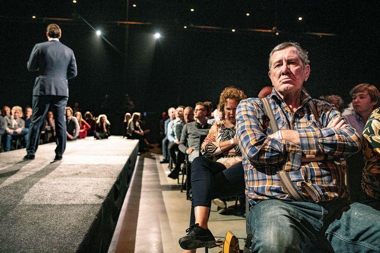 Het publiek luistert naar Thierry Baudet.  Beeld Guus Dubbelman / de Volkskrant