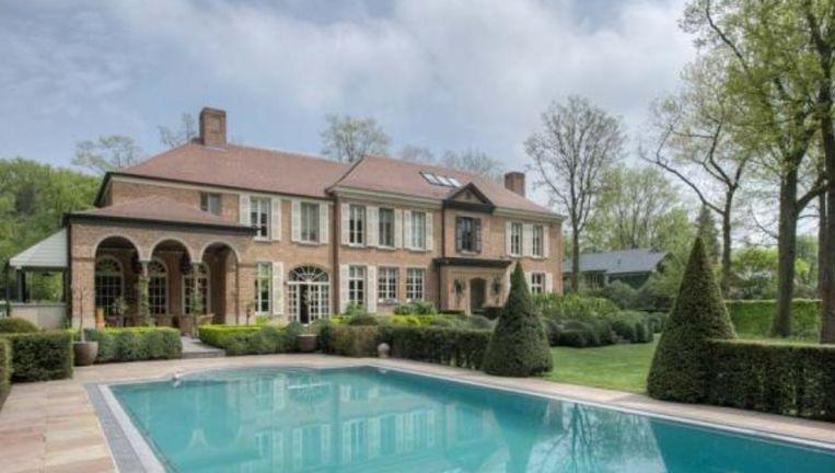 Deze villa in Brasschaat hebt u voor 3,65 miljoen euro