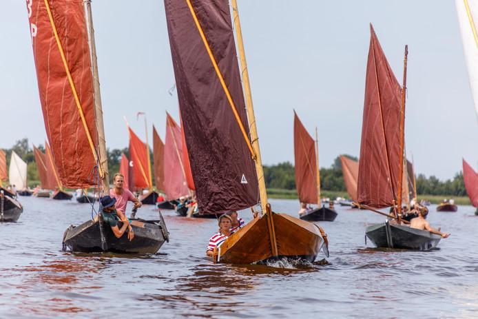 Giethoorn krijgt er een evenement bij: een estafettezeilrace van 24 uur.