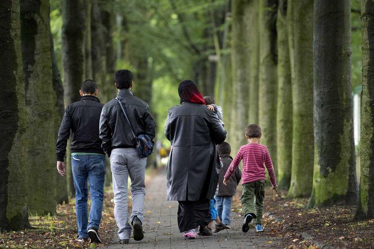 Syrische vluchtelingen bij de Van Horne Kazerne. Beeld anp