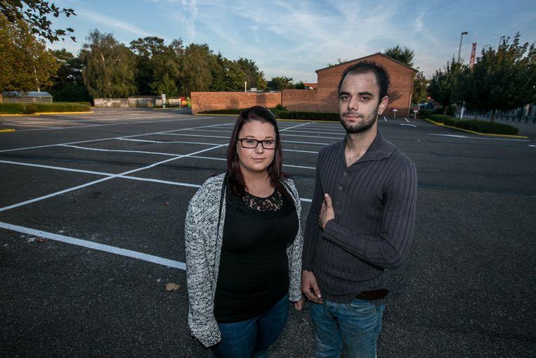 Ter hoogte van deze parking in Genk werden Sanne en Sven Segers het slachtoffer van zinloos geweld.