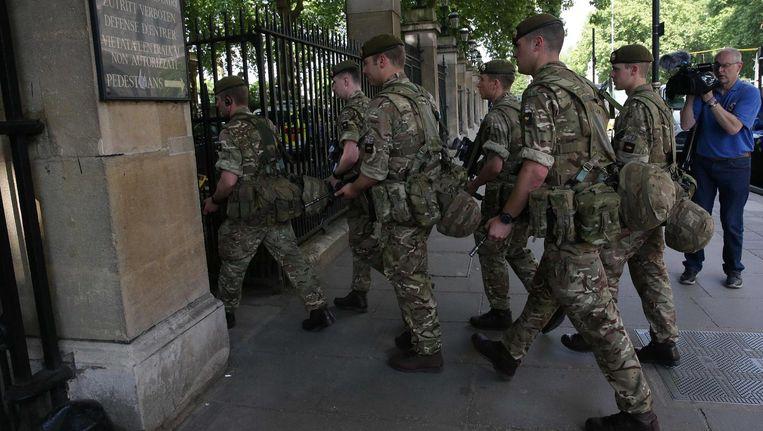 Agenten gaan Buckingham Palace in Beeld afp