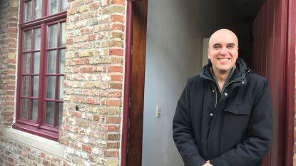 """Buurman deelt in de brokken na brand in yogasalon: """"Mijn gastenverblijf blijft noodgedwongen gesloten door rookschade"""""""
