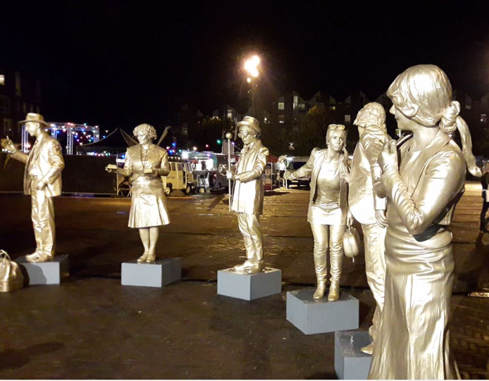 Statues by Night in Ede in 2017.