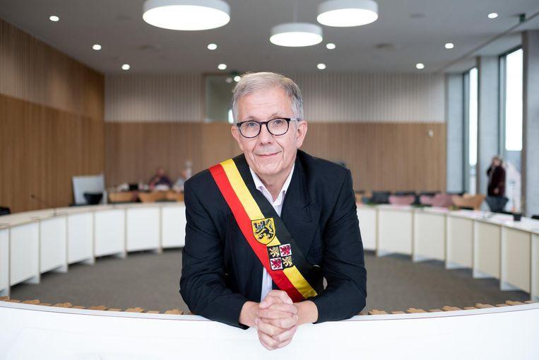 De CD&V van burgemeester Paul Verbeeck blijft de grootste met 10 van de 27 zetels, maar nu moet de puzzel nog gelegd worden.