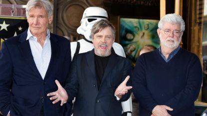 Mark Hamill onthult ster op Walk of Fame in bijzijn van Harrison Ford en George Lucas