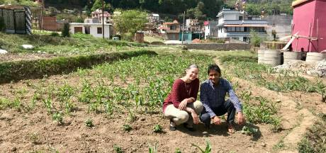 Vordense Ilse Bennink luidt de noodklok in Nepal: 'Bevolking wanhopig door corona-lockdown'