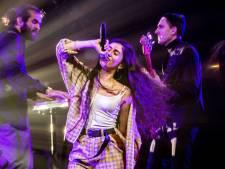 Rotterdamse zangeres Naaz (20) wint 3FM Talent Award