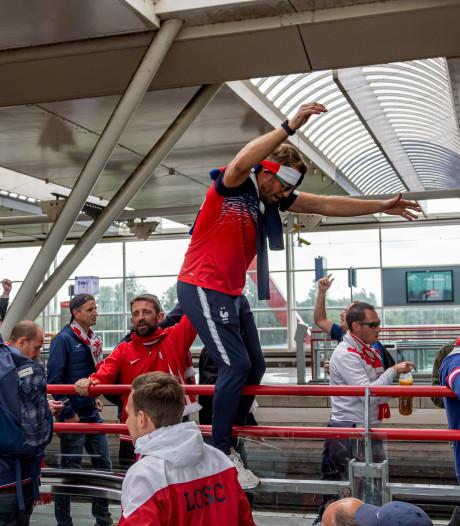 Al ruim 300 Lille-fans vast voor rellen bij metrostation Amsterdam
