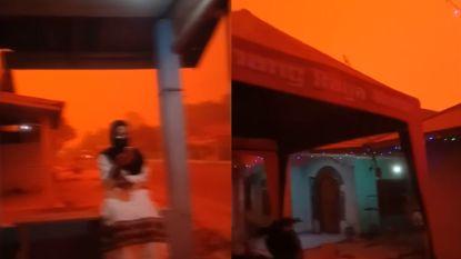 Hemel kleurt knalrood door bosbranden in Indonesië