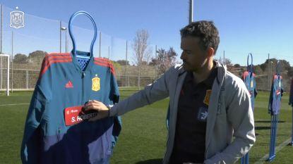 VIDEO. Spaanse bondscoach maakt selectie bekend op originele manier