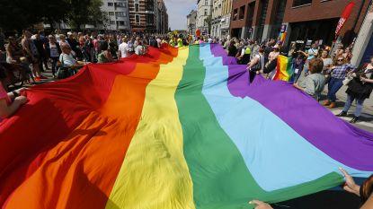 """Eerste Russische Gay Pride afgelast om """"kinderen tegen foute seksuele relaties te beschermen"""""""