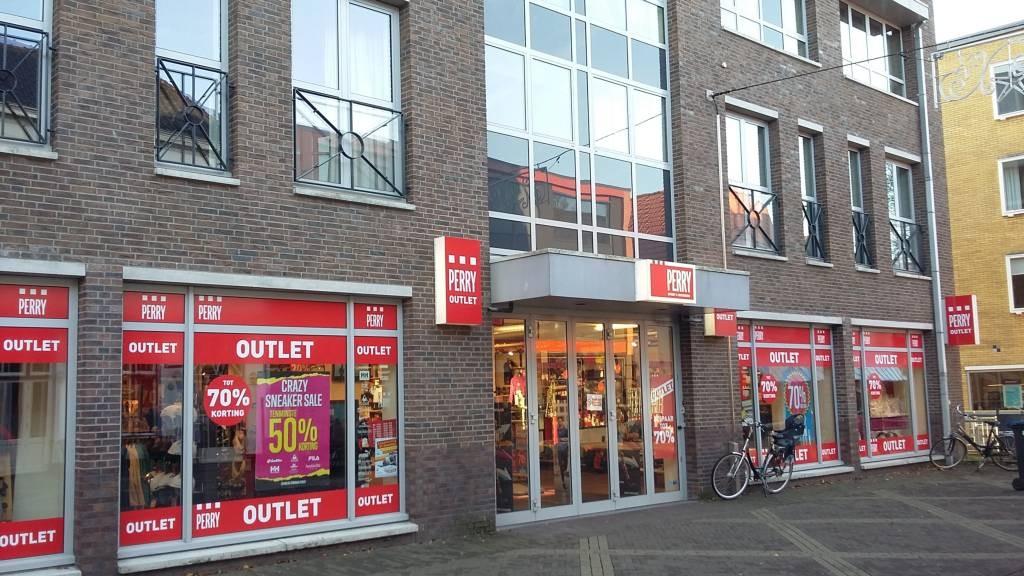 ce2952f8dddaea De vestiging van Perry Sport in Doetinchem is al een outlet. Foto: DG