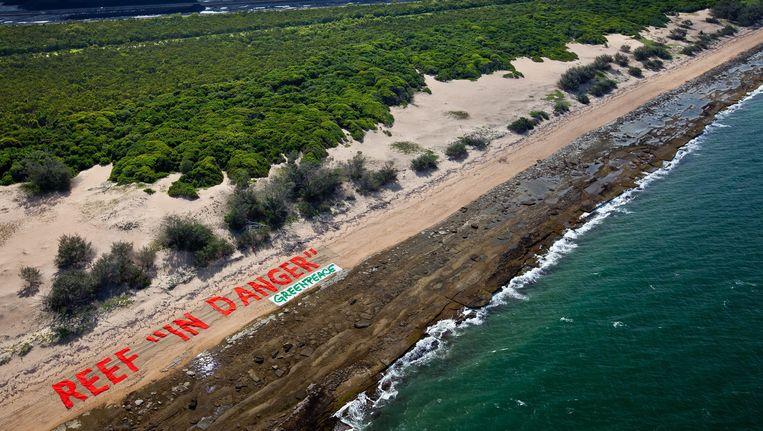 Greenpeace voert actie in de buurt van de haven Abbot Point en wijst op de gevaren van een uitbreiding van die haven.