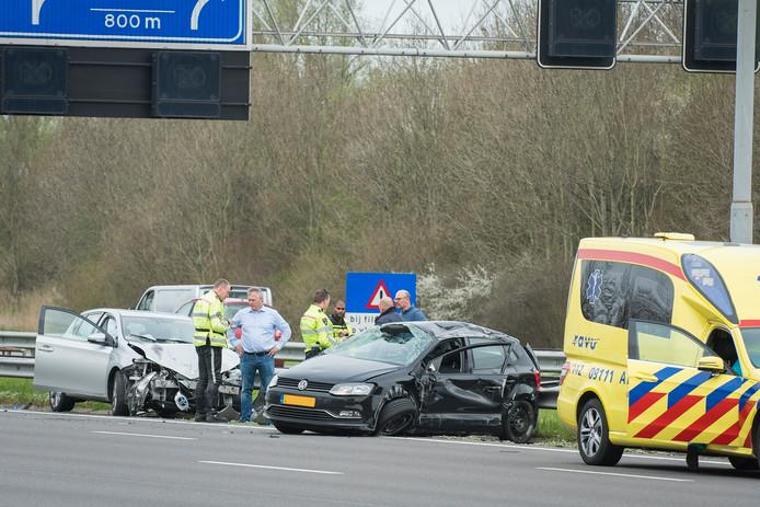 De schade van de voertuigen die betrokken raakte was aanzienlijk.