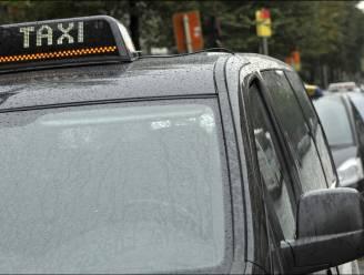 Militairen in Evere en Peutie moeten met de taxi