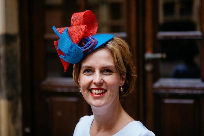 Kamerlid Hilde Palland in een Kamper outfit tijdens Prinsjesdag